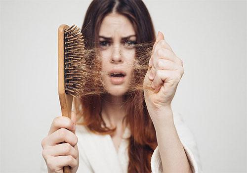 Bệnh viện da liễu khám rụng tóc có tốt không?
