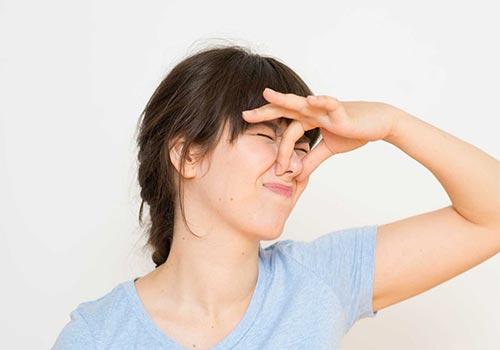 Cách khử mùi hôi vùng kín sau sinh tại nhà