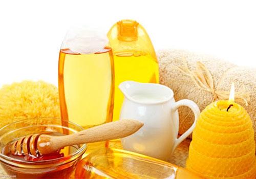 Cách làm se khít vùng kín bằng mật ong tại nhà