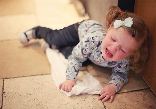 Chảy máu vùng kín ở trẻ em có nguy hiểm không?