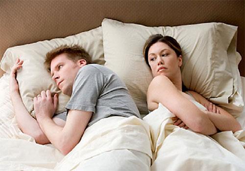 Chồng yếu sinh lý vợ nên làm gì để cải thiện?
