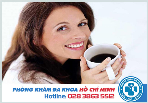 Có kinh nguyệt uống cà phê được không?