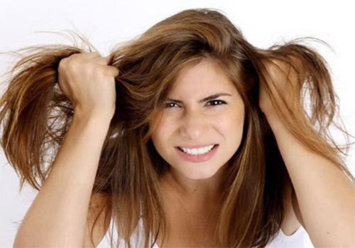 Da đầu có mùi hôi: Nguyên nhân và Cách chữa trị tại nhà