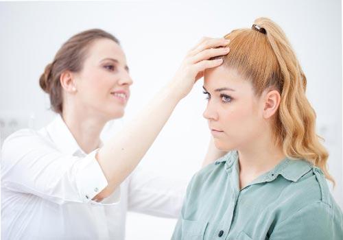 Da đầu nổi cục là bị gì? Cách chữa trị