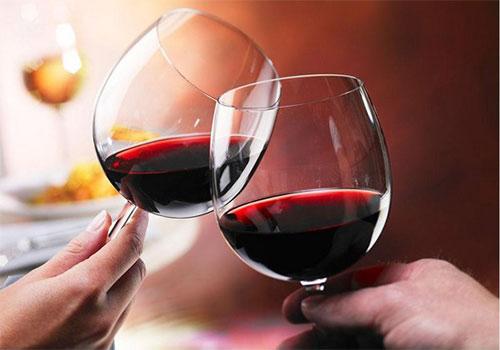 Không cương được sau khi uống rượu