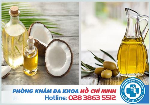 Kinh nghiệm chữa nứt kẽ hậu môn tại nhà bằng dầu dừa, dầu oliu