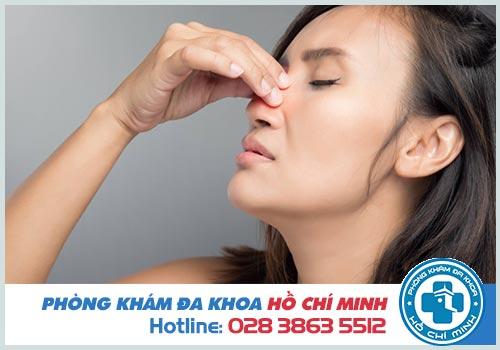 Mào vách ngăn mũi là gì? Cách điều trị