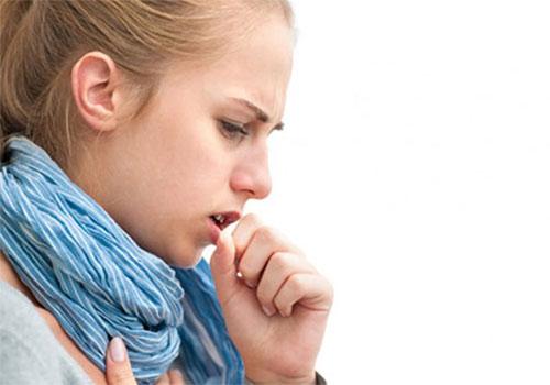 Ngứa cổ ho khan lâu ngày nguy hiểm không? Cách điều trị