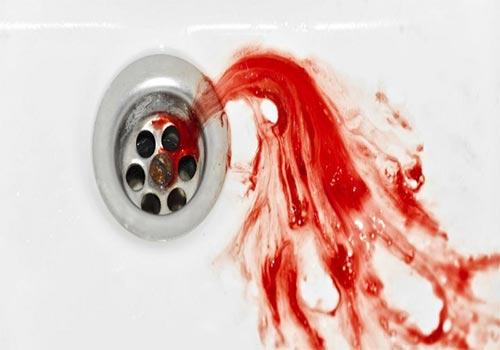 Nhổ ra máu là bệnh gì? Cách chữa trị