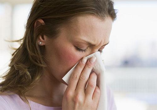 Sổ mũi lâu ngày không khỏi nguy hiểm không? Thuốc đặc trị