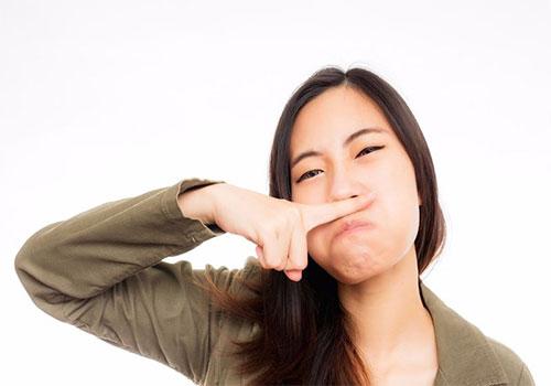 Vì sao vùng kín có mùi khai nguyên nhân và cách chữa?