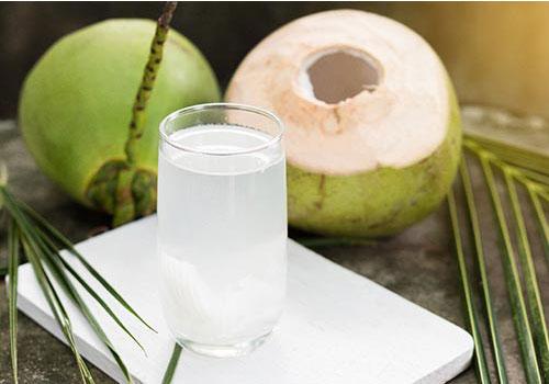 Viêm bàng quang có uống nước dừa được không?